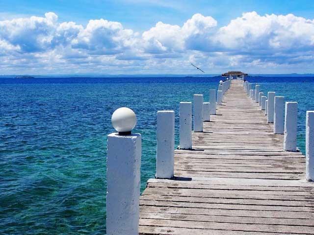 2019年夏休みおすすめ海外旅行!家族やカップル、学生、一人旅など