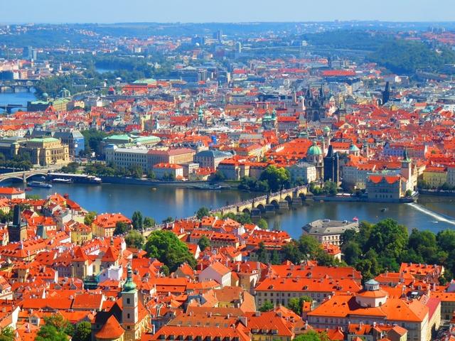 チェコ観光スポットおすすめ15選! プラハ以外の南部の都市も!